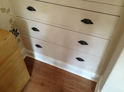 Drawers in alcove unit
