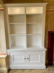 traditional alcove unit in white